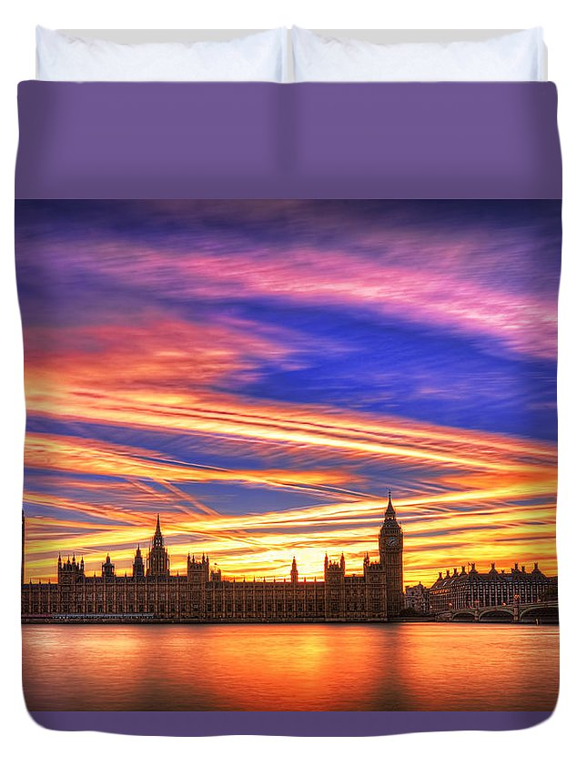 London Duvet Cover featuring the photograph Magical London by Midori Chan