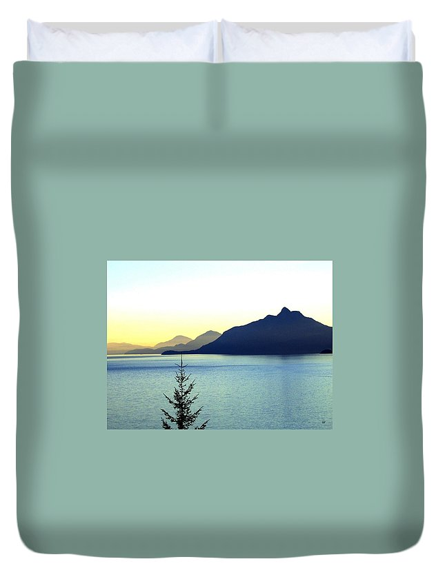 Vancouver Duvet Cover featuring the photograph Magnificent Howe Sound by Will Borden