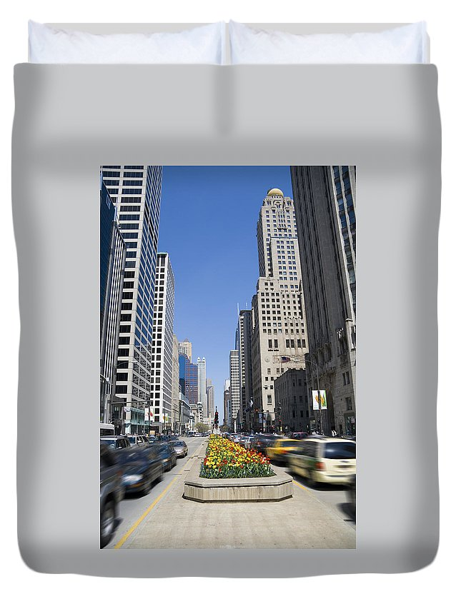 Chicago Duvet Cover featuring the photograph Magnifiscent Mile by Alexey Stiop
