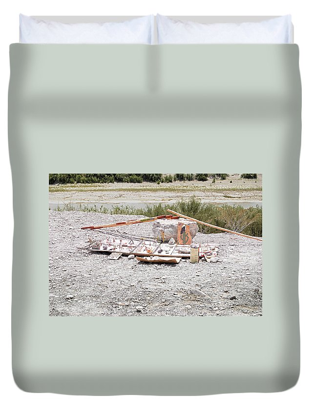 Store Duvet Cover featuring the photograph Making A Living by Judy Hall-Folde