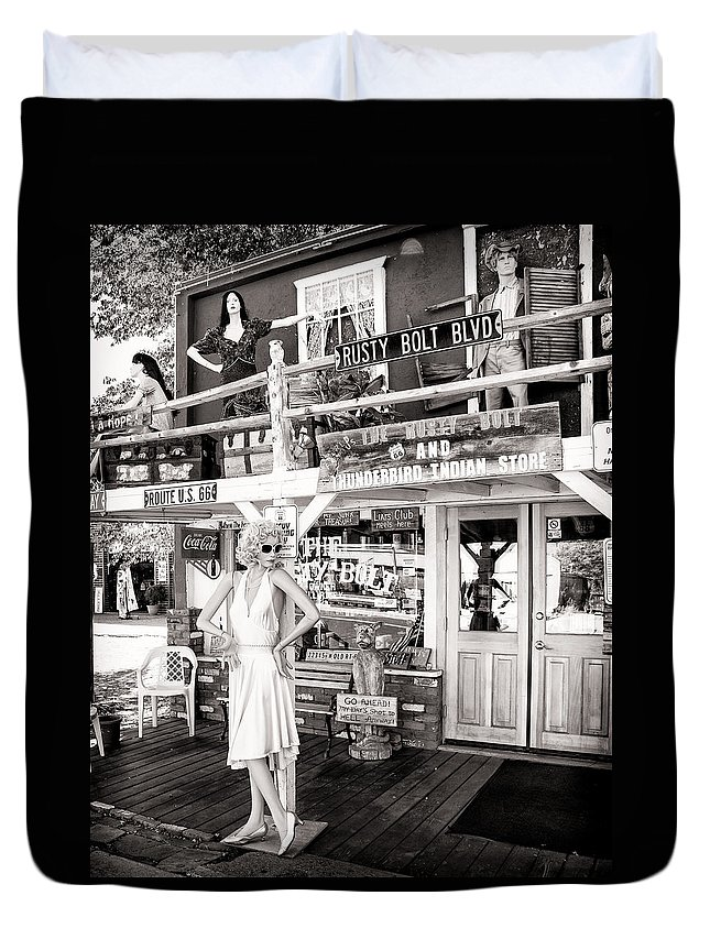 Marilyn Monroe Duvet Cover featuring the photograph Marilyn On Route 66 by Diane Wood