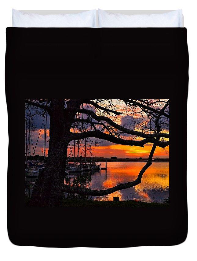 Sunrise Duvet Cover featuring the photograph Marina Mood by Laura Ragland
