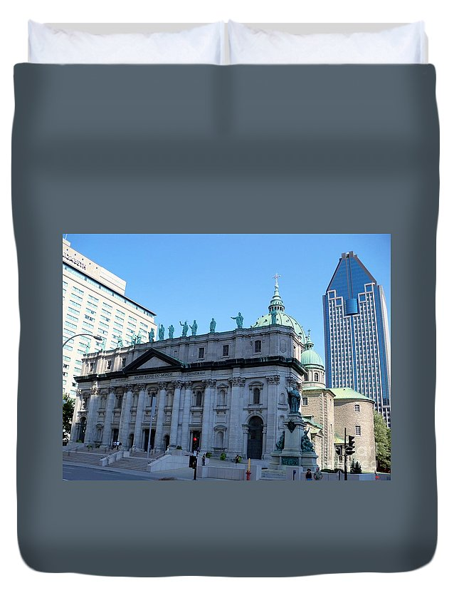 Montreal Duvet Cover featuring the photograph Mary Queen Of The World Cathedral by Lingfai Leung