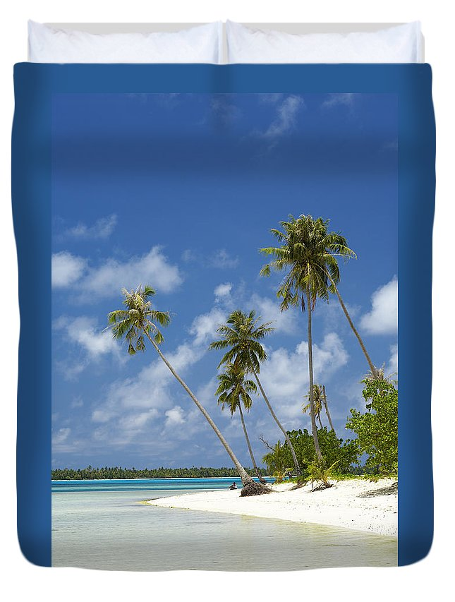 Beach Duvet Cover featuring the photograph Maupiti Lagoon by Kyle Rothenborg - Printscapes