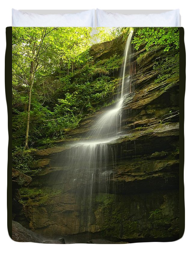 Alpha Falls Duvet Cover featuring the photograph Mcconnells Mill Alpha Falls by Adam Jewell