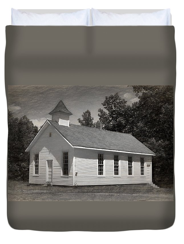 Abandoned Duvet Cover featuring the photograph Meeting House by Richard Rizzo