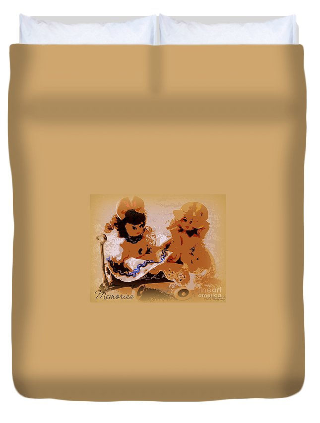 Acrylic Prints Duvet Cover featuring the photograph Memories Art Made Of This by Bobbee Rickard