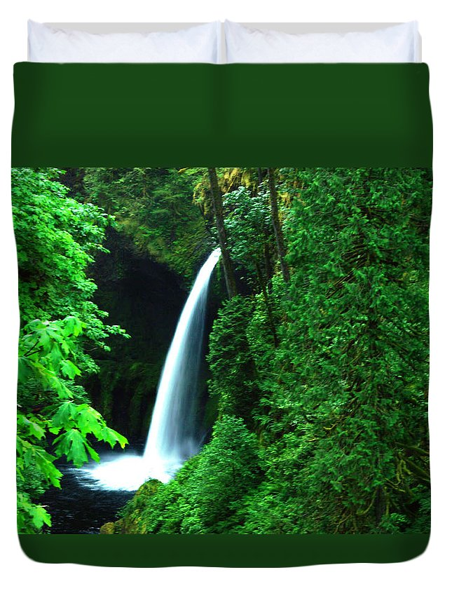 Waterfall Duvet Cover featuring the photograph Menteko Falls by Jeff Swan