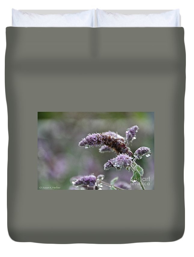 Flower Duvet Cover featuring the photograph Mentha by Susan Herber