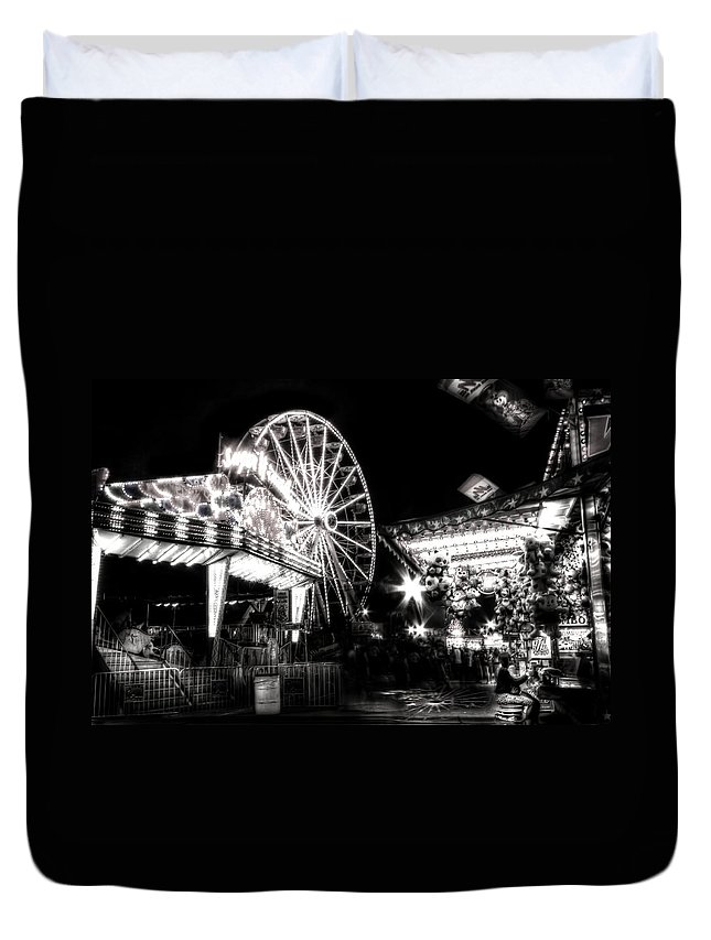 Carnival Duvet Cover featuring the photograph Midway Attractions In Black And White by Mark Andrew Thomas