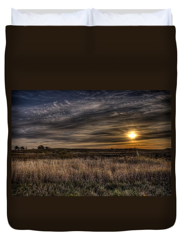 Jeff Duvet Cover featuring the photograph Midwest Sunrise by Jeff Burton
