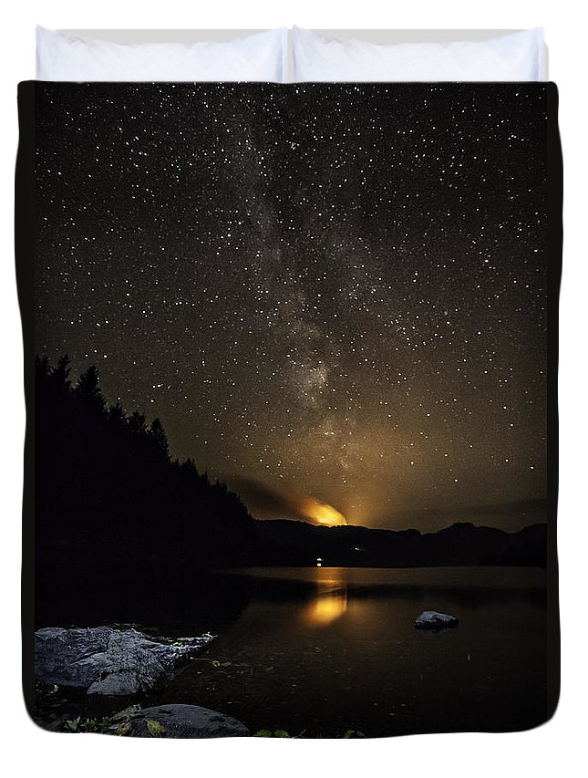 Milky Way Duvet Cover featuring the photograph Milky Way At Crafnant by Beverly Cash
