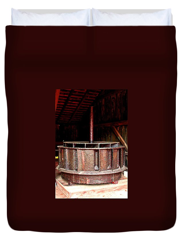 Mill Wheel Duvet Cover featuring the photograph Mill Wheel by Pablo Rosales
