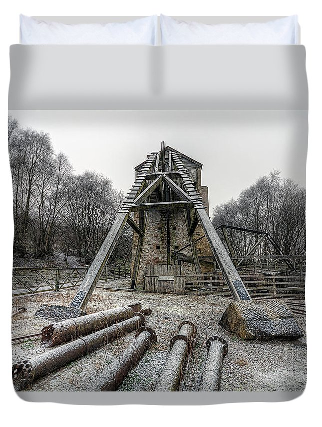 1296 Duvet Cover featuring the photograph Minera Lead Mines by Adrian Evans