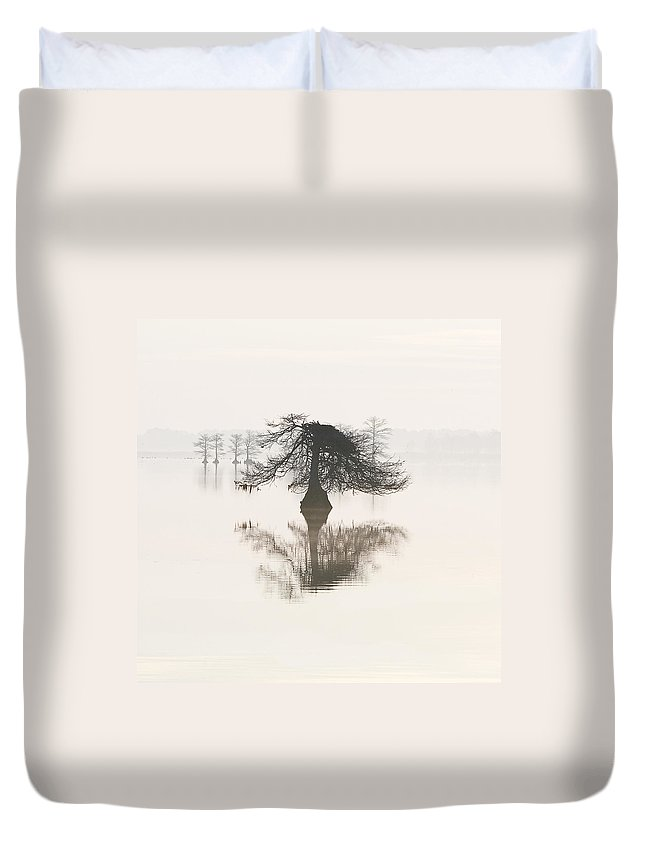 Fog Duvet Cover featuring the photograph Monochromatic Morning On Lake Mattamuskeet by Bill Swindaman
