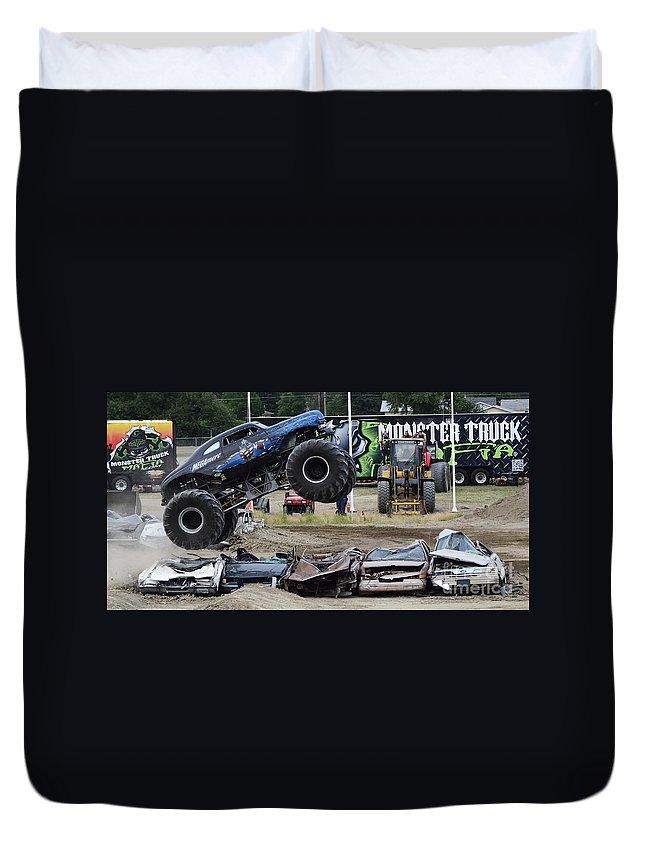 Monster Trucks For Sale >> Monster Trucks Size Matters 4 Duvet Cover