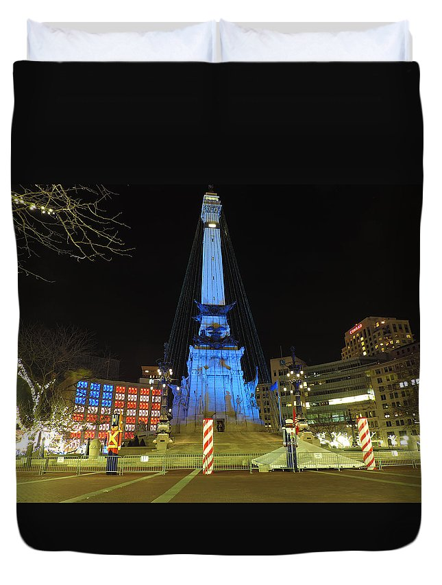 City Duvet Cover featuring the photograph Monument Circle Indianapolis At Night by Cityscape Photography