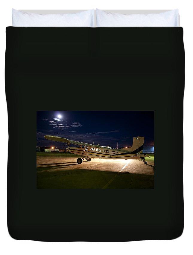 Pilatus Pc 6 Porter Duvet Cover featuring the photograph Moon Light by Paul Job