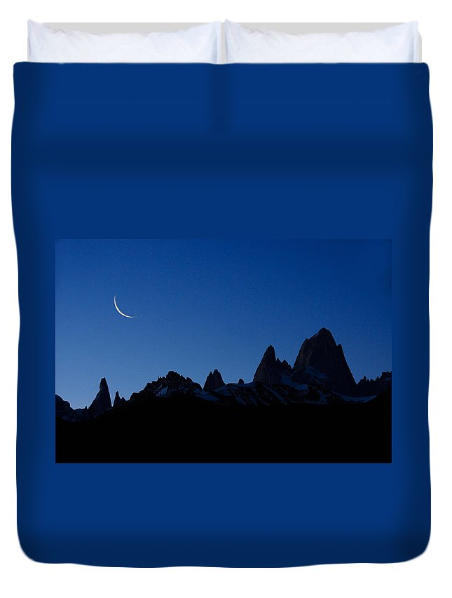 Argentina Duvet Cover featuring the photograph Moon Over Mount Fitz Roy by Michele Burgess