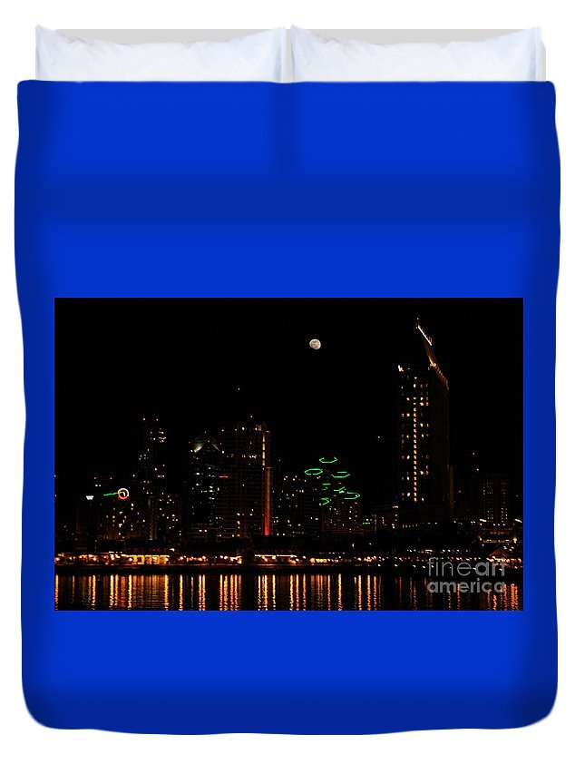 San Diego Duvet Cover featuring the photograph Moon Over San Diego by Tommy Anderson