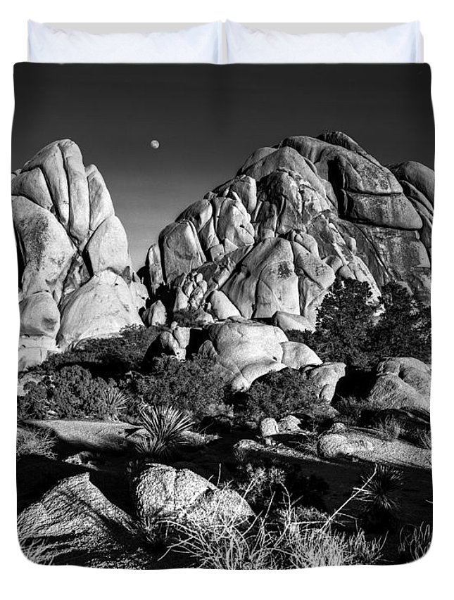 Joshua Tree Duvet Cover featuring the photograph Moonrise Over Joshua Tree by Alex Snay