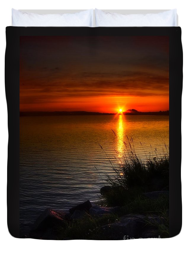 Art Duvet Cover featuring the photograph Morning By The Shore by Veikko Suikkanen