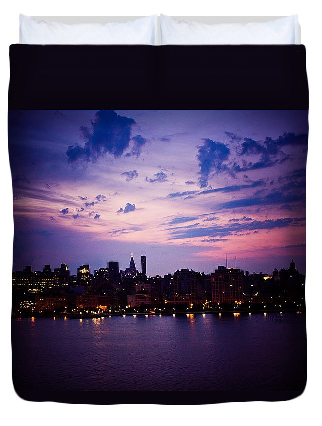 New York City Duvet Cover featuring the photograph Morning Glory by Sara Frank