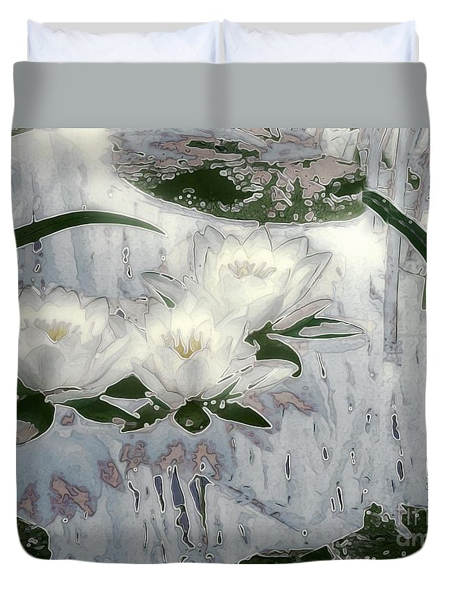 Asian Duvet Cover featuring the painting Motif Japonica No. 1 by RC DeWinter