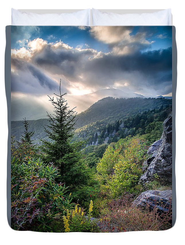 Blue Ridge Mountains Duvet Cover featuring the photograph Mountain Interlude by Rob Travis