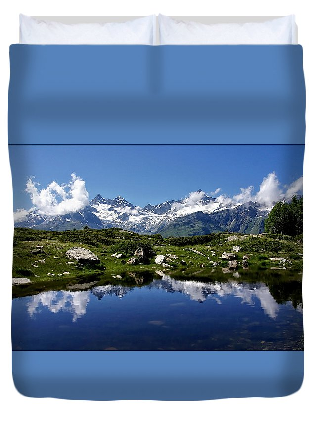 Mountains Duvet Cover featuring the photograph Mountain Lake by Annie Snel