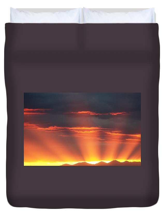Sunrays Duvet Cover featuring the photograph Mountain Rays by Shane Bechler