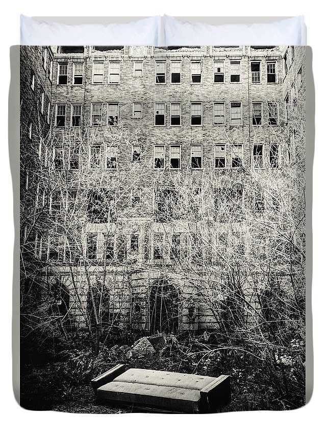 Apartments Duvet Cover featuring the photograph Moving Day by Margie Hurwich