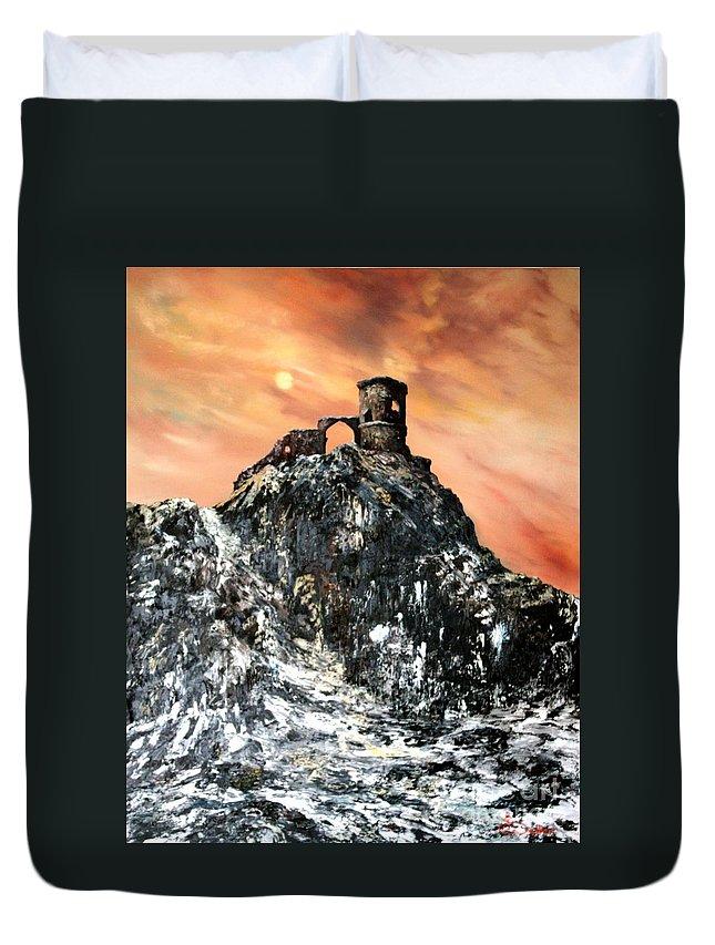 Derilicet Duvet Cover featuring the painting Mow Cop Castle Staffordshire by Jean Walker