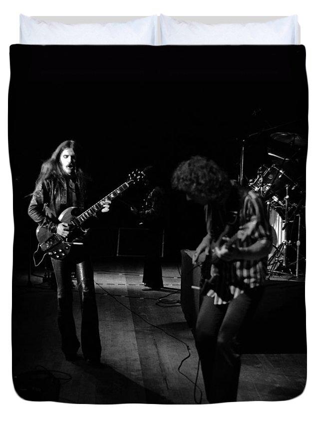 Mahogany Rush Duvet Cover featuring the photograph Mrush #10 by Ben Upham