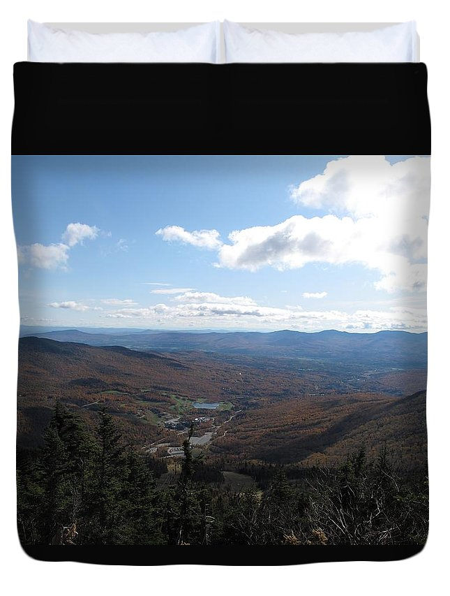 Mountain Duvet Cover featuring the photograph Mt Mansfield Looking East by Barbara McDevitt