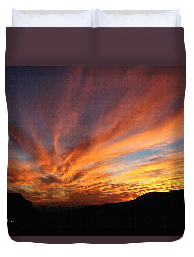Mt Ord Sunset Arizona Duvet Cover featuring the photograph Mt Ord Sunset Arizona by Tom Janca