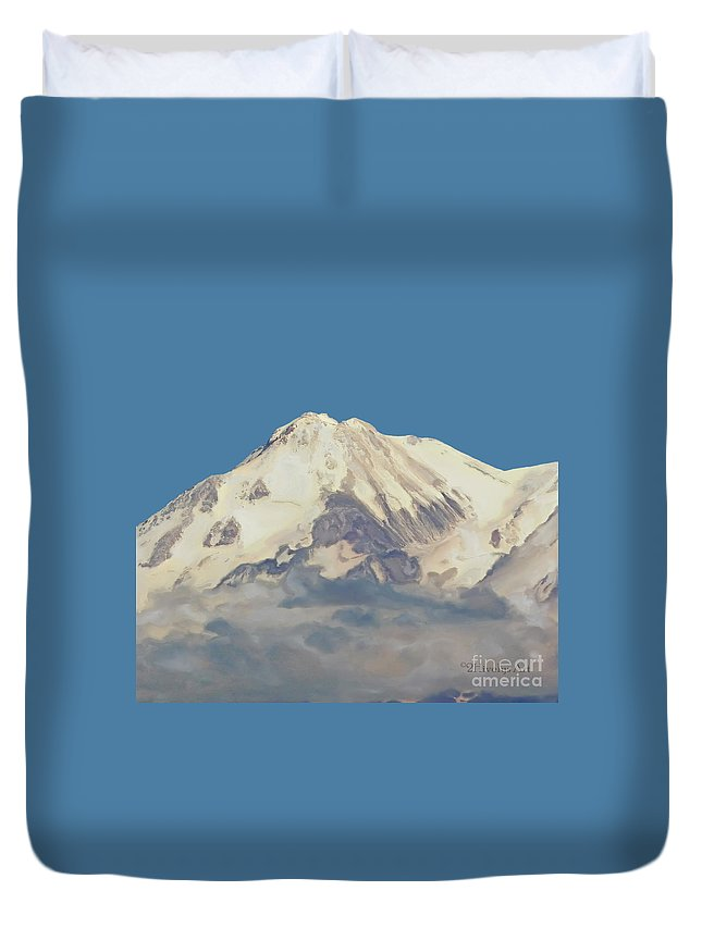 Mt. Shasta Summit Duvet Cover featuring the photograph Mt. Shasta Summit by Methune Hively