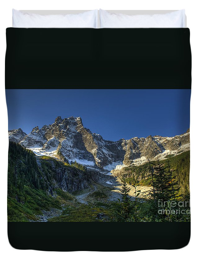 Mt Slesse Duvet Cover featuring the photograph Mt Slesse by Rod Wiens
