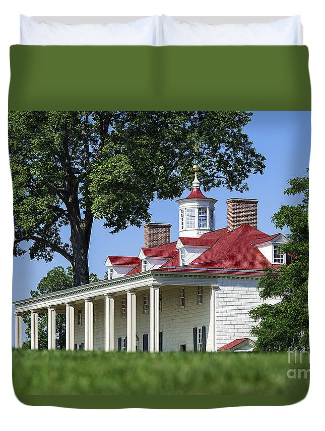 America Duvet Cover featuring the photograph Mt Vernon Mansion by John Greim