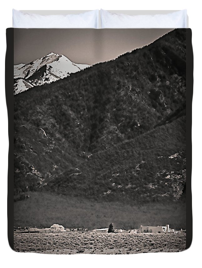 Santa Duvet Cover featuring the photograph Mt Wheeler by Charles Muhle