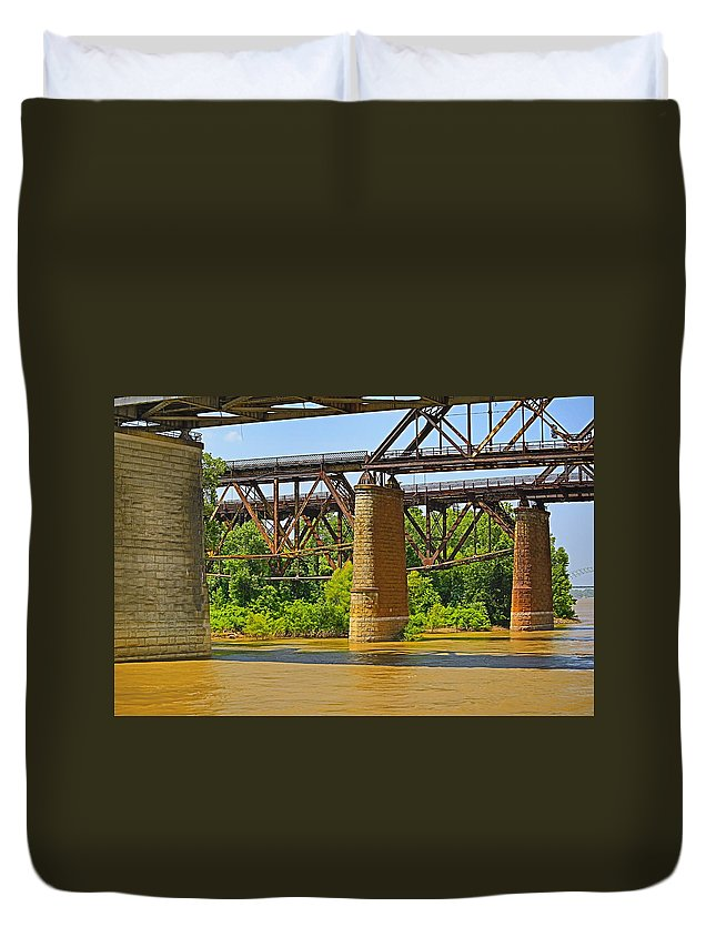 Mississippi Duvet Cover featuring the photograph Muddy Mississippi by Melvin Busch
