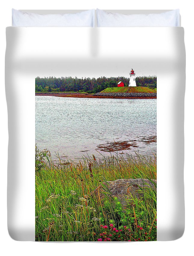 Mulholland Point Lighthouse On Campobello Island Duvet Cover featuring the photograph Mulholland Point Lighthouse On Campobello Island-nb by Ruth Hager