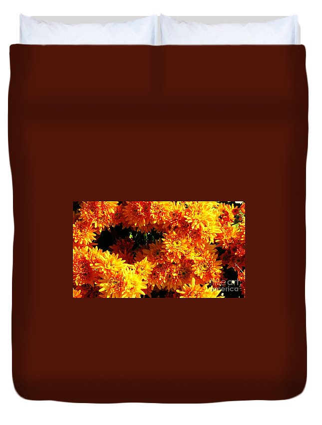 Mums Duvet Cover featuring the photograph Mum's The Word by Keri West