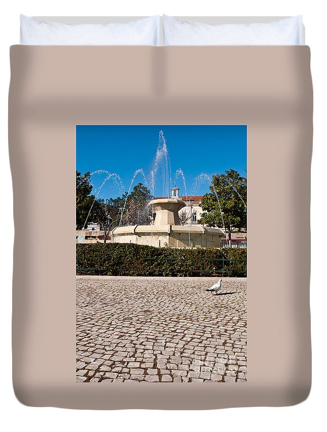 Fountain Duvet Cover featuring the photograph Municipal Square Fountain by Luis Alvarenga