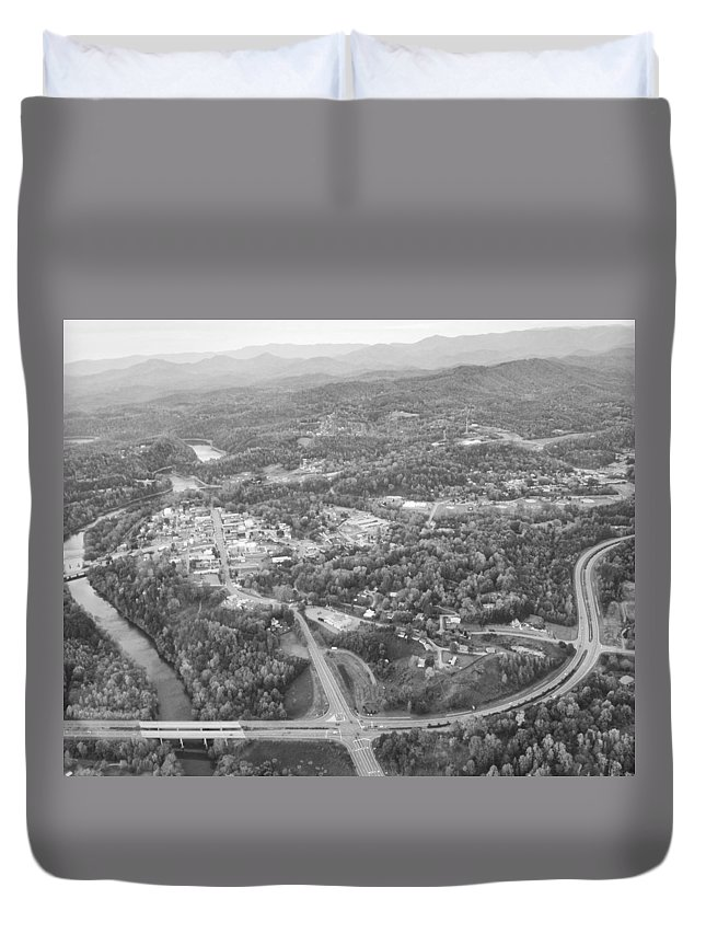 Plane Duvet Cover featuring the photograph Murphy From The Air by Seth Solesbee