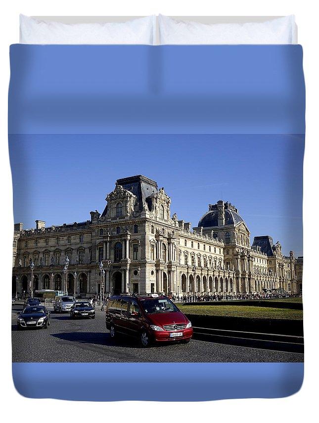 Paris Duvet Cover featuring the photograph Musee Du Louvre In Paris France by Richard Rosenshein