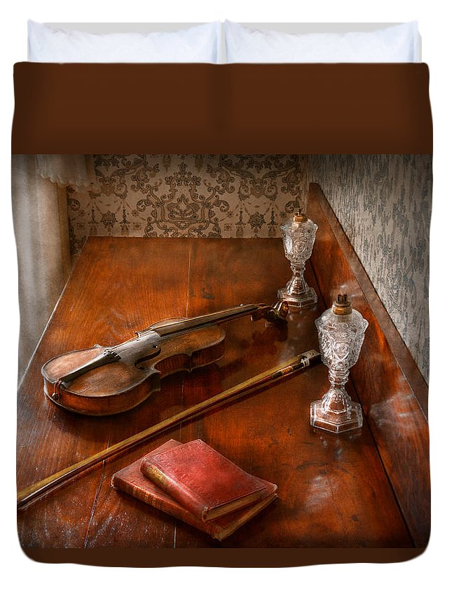 Savad Duvet Cover featuring the photograph Music - Violin - A Sound Investment by Mike Savad