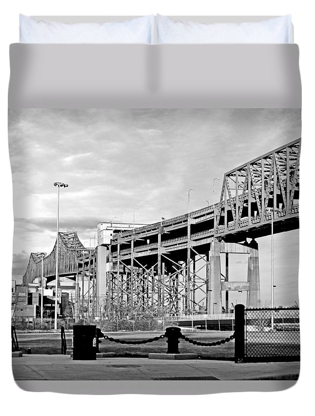 Cityscape Duvet Cover featuring the photograph Mystic Black And White by Barbara McDevitt