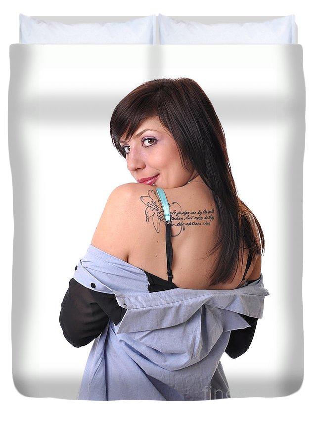 Yhun Suarez Duvet Cover featuring the photograph Nakita9 by Yhun Suarez