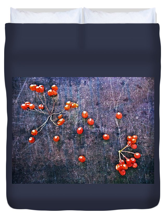 Nature Abstract Duvet Cover featuring the digital art Nature Abstract 49 by Maria Huntley